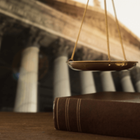 Administracja i sądownictwo